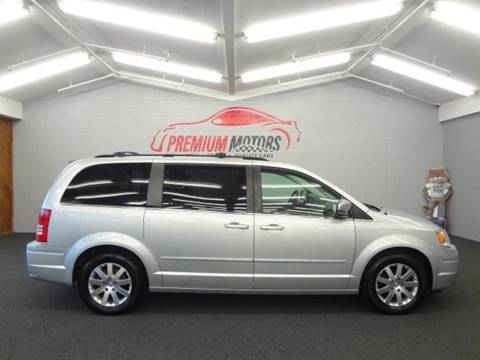 2008 Chrysler Town and Country for sale in Villa Park, IL