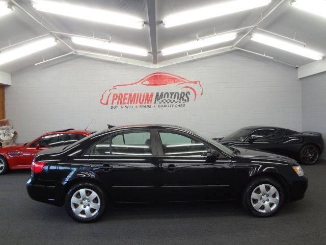 2010 Hyundai Sonata for sale at Premium Motors in Villa Park IL