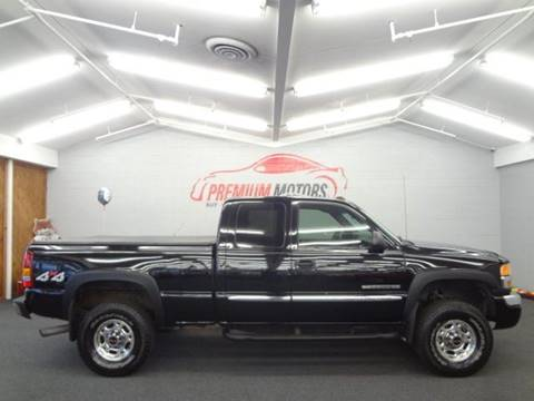 2003 GMC Sierra 2500HD for sale at Premium Motors in Villa Park IL