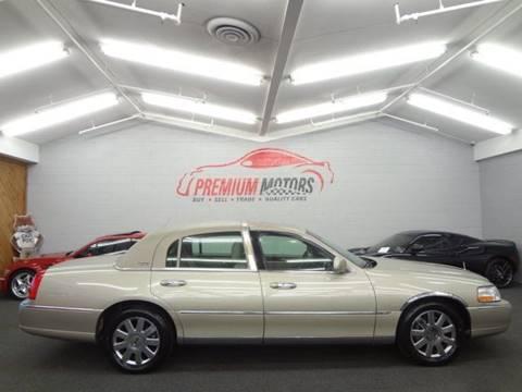 2009 Lincoln Town Car for sale at Premium Motors in Villa Park IL