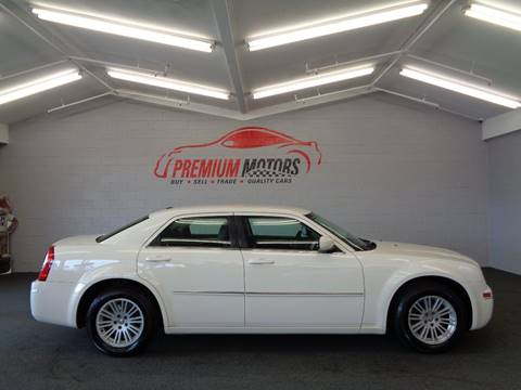 2009 Chrysler 300 for sale at Premium Motors in Villa Park IL