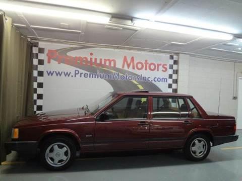 1991 Volvo 740 for sale at Premium Motors in Villa Park IL