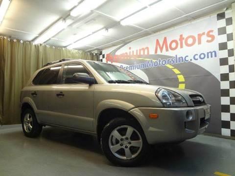 2006 Hyundai Tucson for sale at Premium Motors in Villa Park IL