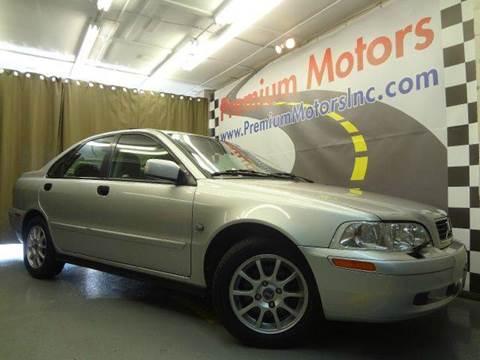2004 Volvo S40 for sale at Premium Motors in Villa Park IL