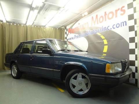 1990 Volvo 740 for sale at Premium Motors in Villa Park IL