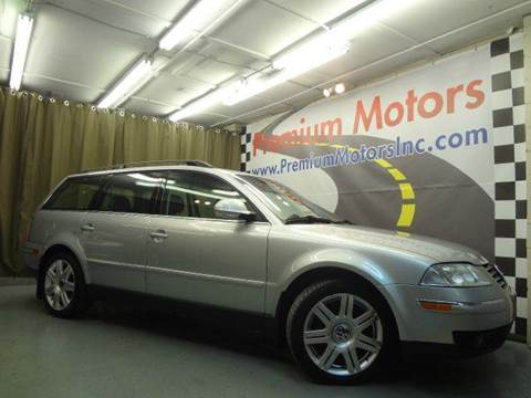 2005 Volkswagen Passat for sale at Premium Motors in Villa Park IL