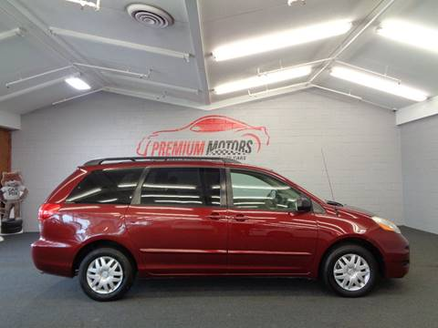 2009 Toyota Sienna for sale at Premium Motors in Villa Park IL