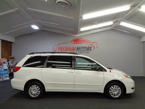 2008 Toyota Sienna for sale at Premium Motors in Villa Park IL