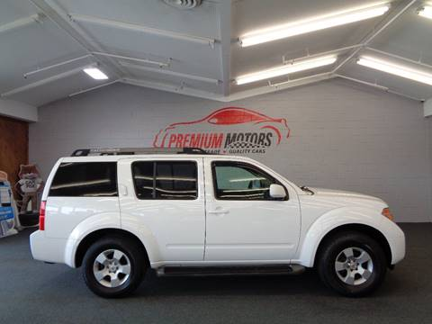 2005 Nissan Pathfinder for sale at Premium Motors in Villa Park IL