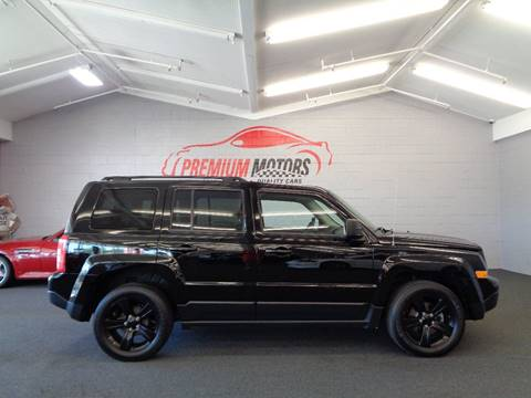 2014 Jeep Patriot for sale at Premium Motors in Villa Park IL