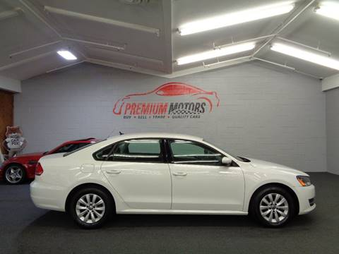 2013 Volkswagen Passat for sale at Premium Motors in Villa Park IL