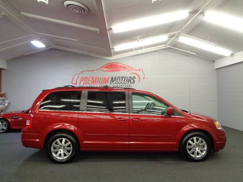2008 Chrysler Town and Country for sale at Premium Motors in Villa Park IL