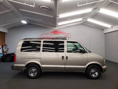 2002 GMC Safari for sale in Villa Park, IL