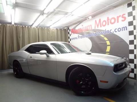 2009 Dodge Challenger for sale at Premium Motors in Villa Park IL