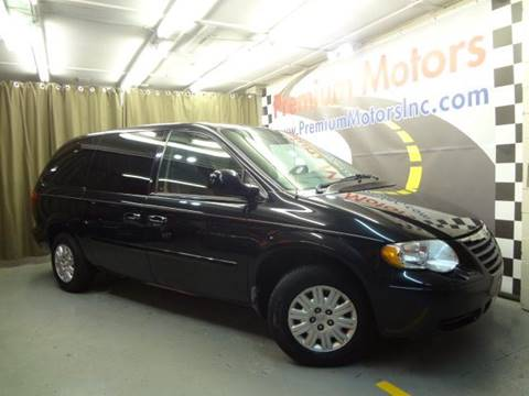 2006 Chrysler Town and Country for sale at Premium Motors in Villa Park IL