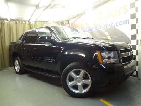 2008 Chevrolet Avalanche for sale at Premium Motors in Villa Park IL