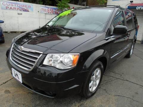 2009 Chrysler Town and Country for sale in Cicero, IL