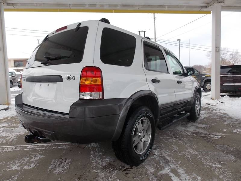 Ford Escape In New Castle PA Paradise PreOwned Inc - 2005 escape