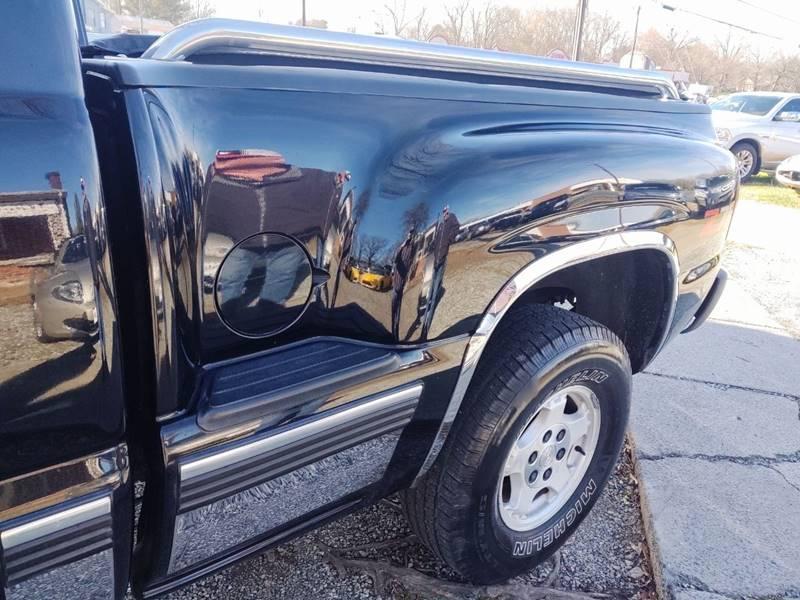 2000 Chevrolet Silverado 1500 LS (image 22)
