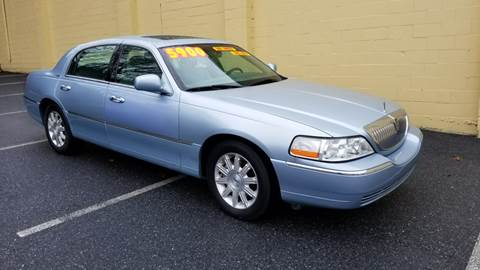 Lincoln town car for sale carsforsale 2006 lincoln town car for sale in harrisburg pa sciox Image collections