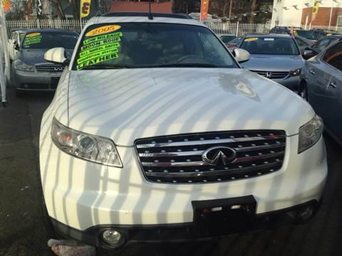 2005 Infiniti FX35 for sale at New Park Avenue Auto Inc in Hartford CT