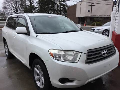 2010 Toyota Highlander for sale at New Park Avenue Auto Inc in Hartford CT