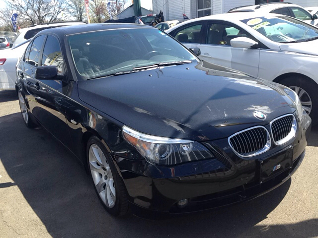 2007 BMW 5 Series for sale at New Park Avenue Auto Inc in Hartford CT
