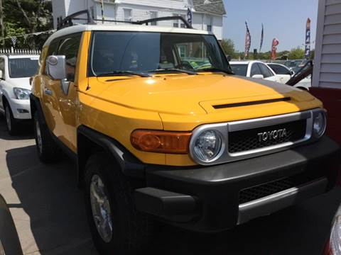 2007 Toyota FJ Cruiser for sale at New Park Avenue Auto Inc in Hartford CT