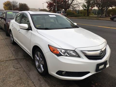 2013 Acura ILX for sale at New Park Avenue Auto Inc in Hartford CT
