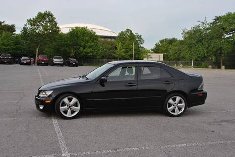 2002 Lexus IS 300 for sale in Roosevelt, NY