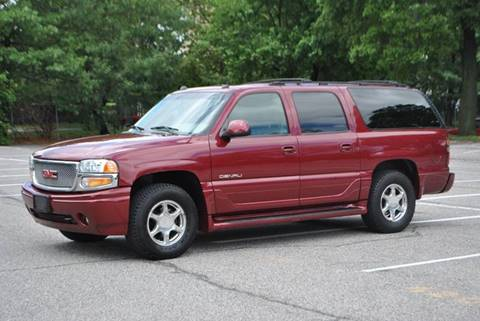2005 GMC Yukon XL for sale in Roosevelt, NY