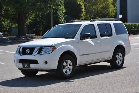 2008 Nissan Pathfinder for sale in Roosevelt, NY