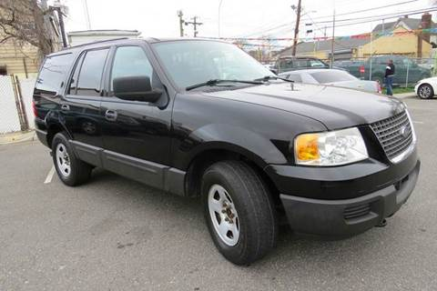 2004 Ford Expedition for sale in Roosevelt, NY