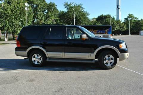 2005 Ford Expedition for sale in Roosevelt, NY