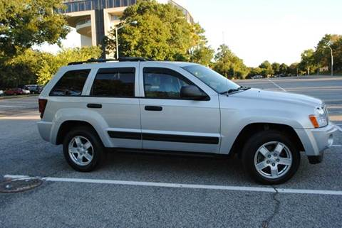2006 Jeep Grand Cherokee for sale in Roosevelt, NY