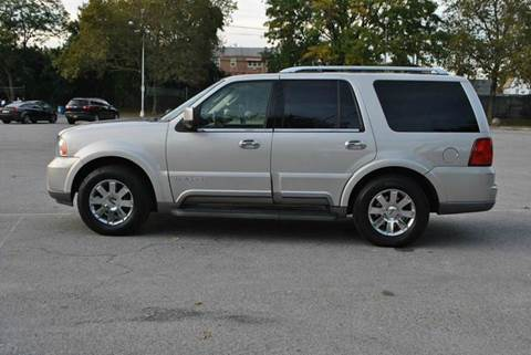 2003 Lincoln Navigator for sale in Roosevelt, NY