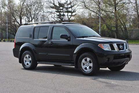 2006 Nissan Pathfinder for sale in Roosevelt, NY
