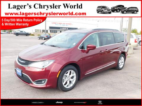 2017 Chrysler Pacifica for sale in Mankato, MN