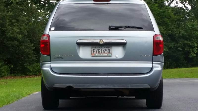 2005 Chrysler Town and Country Touring 4dr Extended Mini-Van - Fayetteville GA