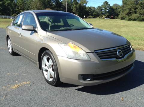 2007 Nissan Altima for sale at Global Pre-Owned in Fayetteville GA