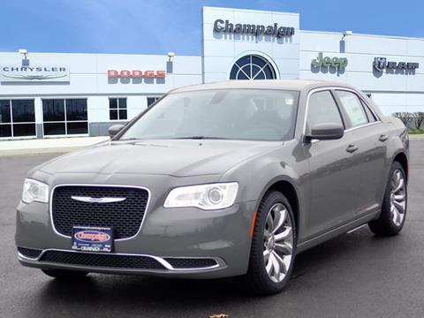 2019 Chrysler 300 for sale in Champaign, IL