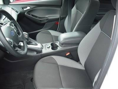 2014 Ford Focus SE 4dr Sedan - Westfield MA
