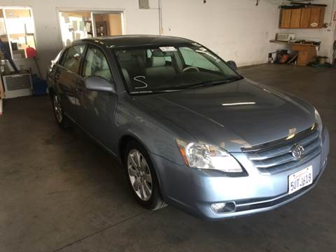2006 Toyota Avalon for sale in Fresno, CA