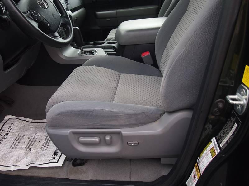 2011 Toyota Tundra 4x4 Grade 4dr Double Cab Pickup SB (5.7L V8) - Whitehall PA