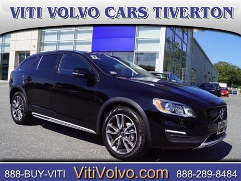 2017 Volvo V60 Cross Country for sale in Tiverton, RI