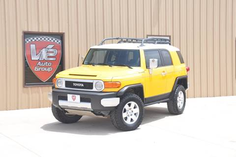 2007 Toyota FJ Cruiser for sale at V12 Auto Group in Lubbock TX
