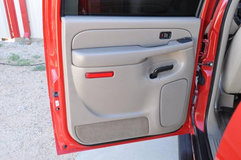 2005 Chevrolet Suburban 1500 LT 4dr SUV - Lubbock TX
