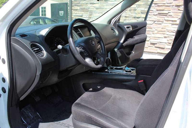 2013 Nissan Pathfinder for sale at Action Auto Sales and Finance (Lehi Location) in Lehi UT