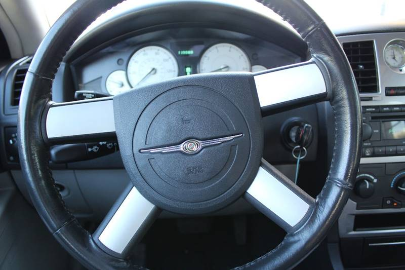 2006 Chrysler 300 for sale at Action Auto Sales and Finance (Lehi Location) - Action Auto Sales and Finance #2 (Orem Location) in Orem UT