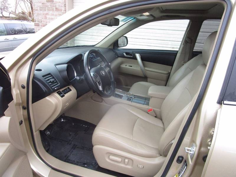 2011 Toyota Highlander for sale at Action Auto Sales and Finance (Lehi Location) - Action Auto Sales and Finance #2 (Orem Location) in Orem UT